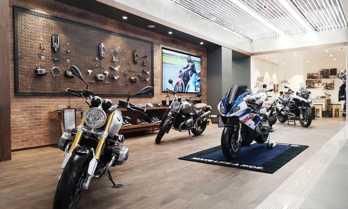 VIDEO WALL  MELLINNIUN  BMW MOTORRAD ICON
